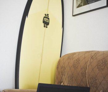 SurfCamp - Homies Surf & Skate | Salón - comedor