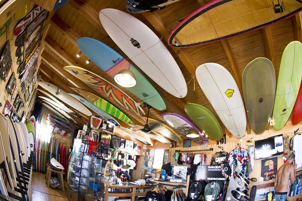 Homies Surf & Skate Shop - Zona Venta y techo